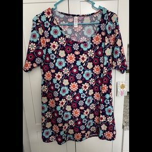 LuLaRoe Perfect T - Size M